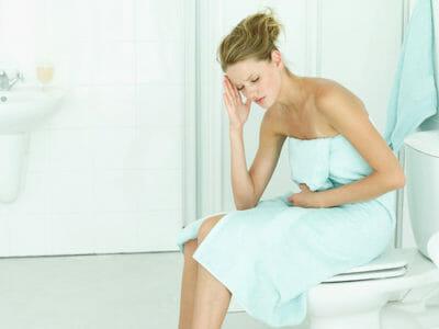 Цистит — симптомы, причины возникновения, осложнения и лечение у взрослых
