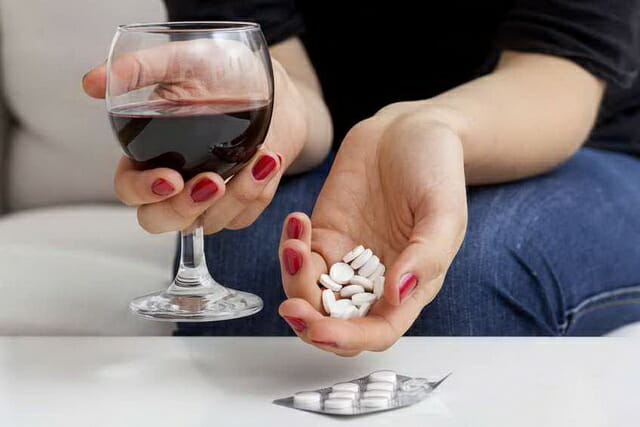 Монурал и алкоголь: особенности совмещения